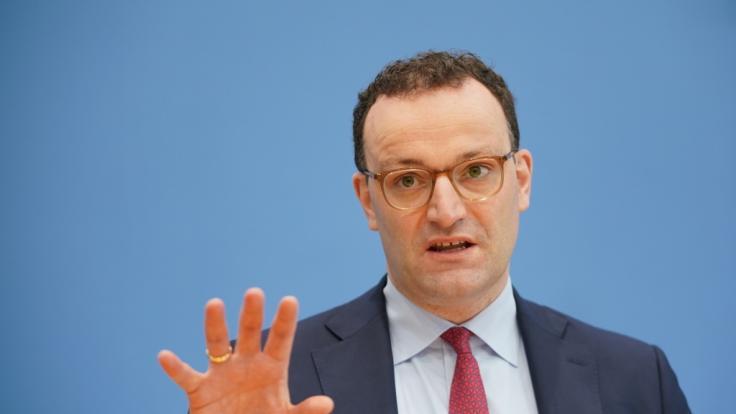 Jens Spahn kündigt an: Astrazeneca-Impfung beim Hausarzt ab 19. April! (Foto)