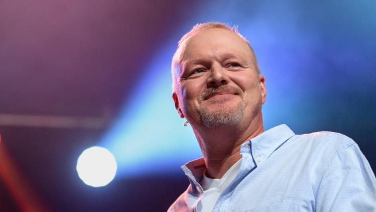 Stefan Raab kommt zurück auf die Bühne. (Foto)