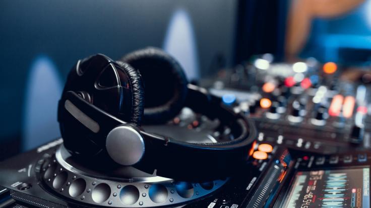 Star-DJ Official wurde auf offener Straße erschossen. (Symbolbild) (Foto)