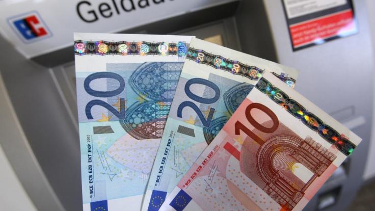 Aufgrund neuer Warnstreiks müssen Bankkunden in den nächsten Tagen mit Einschränkungen rechnen. (Foto)