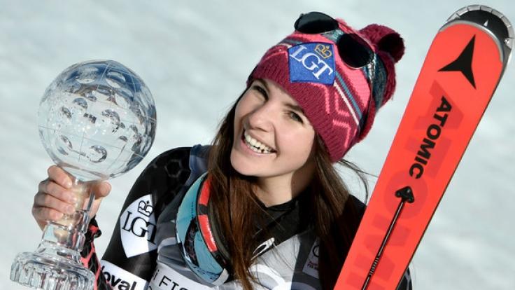 Tina Weirather aus Liechtenstein ist Super G-Gesamtweltcupsiegerin.