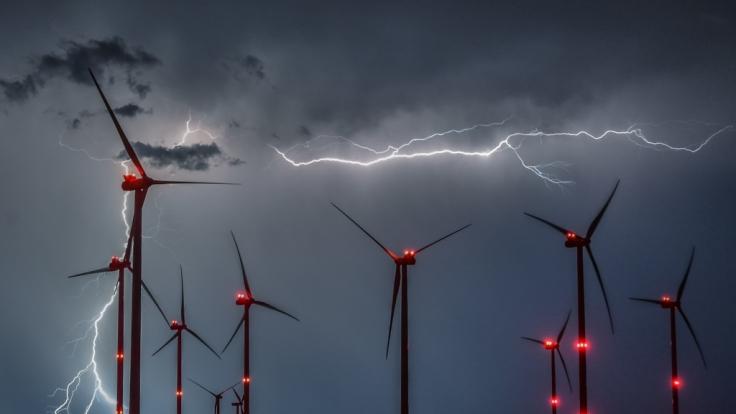 Freitag besteht die Gefahr von Gewittern. (Foto)