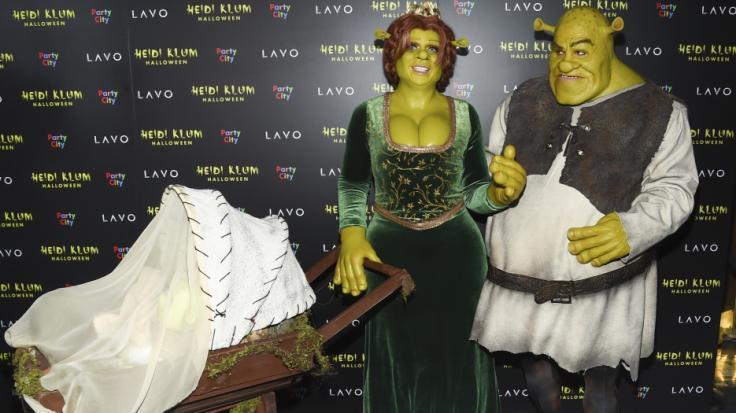Heidi Klum und ihr Freund Tom Kaulitz präsentieren in Halloween-Kluft ihren Nachwuchs. (Foto)