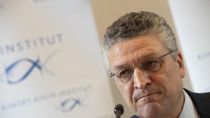 RKI-Chef Lothar Wieler klärt regelmäßig über den aktuellen Corona-Stand auf. (Foto)