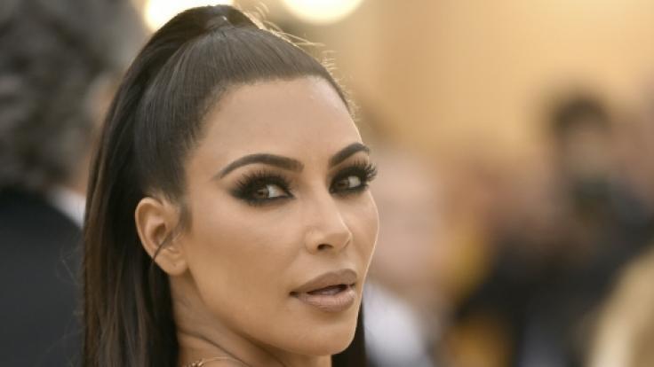 Momentan steht Kim Kardashian einem Shitstorm gegenüber - zur Met Gala 2018 begeisterte sie noch ihre Fans. (Foto)