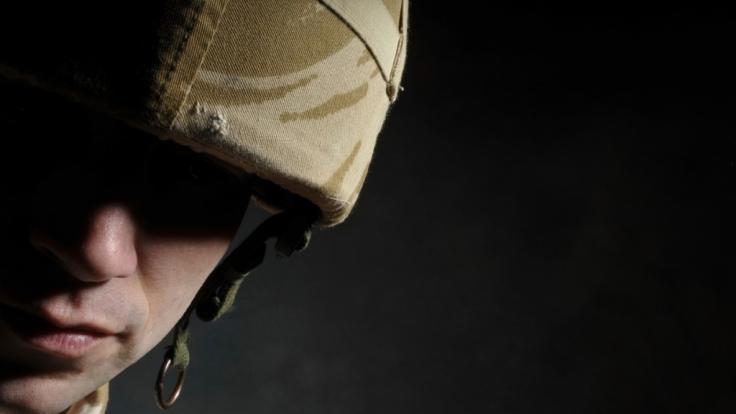 Soldaten lassen es im Auslands-Einsatz oft ziemlich krachen. (Foto)