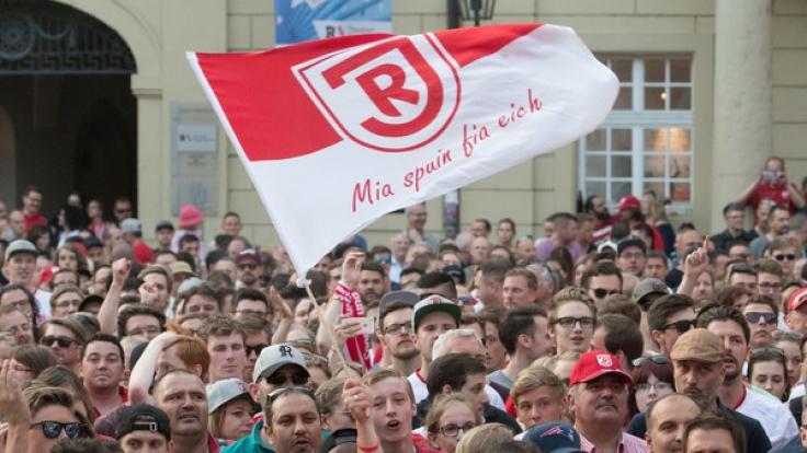 Heimspiel SSV Jahn Regensburg: Die aktuellen Spielergebnisse der 2. Fußball-Bundesliga bei news.de. (Foto)