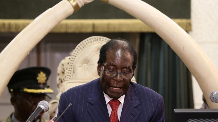 Robert Mugabe, der langjährige Präsident des südafrikanischen Staates Simbabwe, ist im Alter von 95 Jahren gestorben. (Foto)
