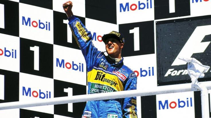 Michael Schumacher gewinnt 1994 im Benetton seinen ersten Formel-1-Weltmeistertitel.