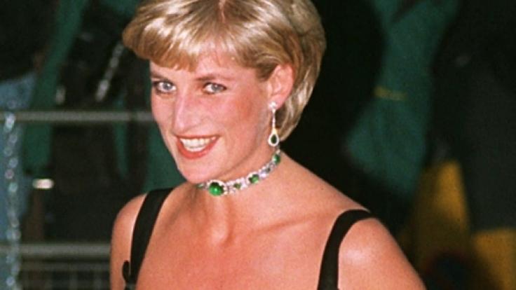 Prinzessin Diana ist angeblich völlig aus dem Häuschen, dass ihre Schwiegertochter Meghan Markle Nachwuchs erwartet - behaupten zumindest die übersinnlichen Zwillinge Terry und Linda Jamison. (Foto)