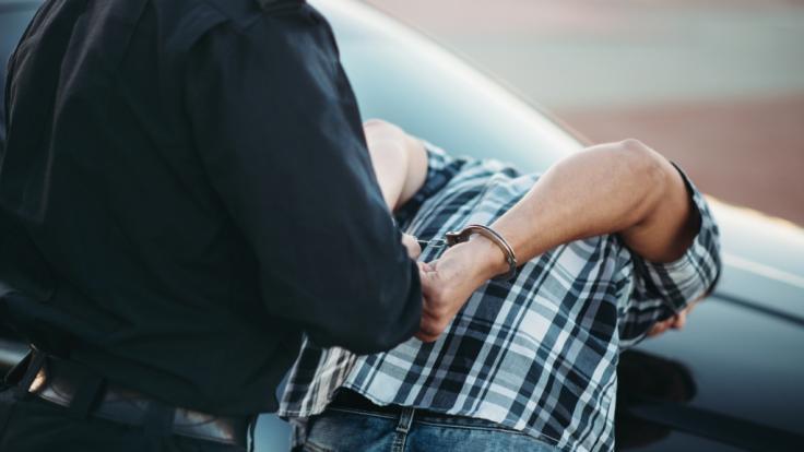 Nach dem Mord an der 45-jährigen Maria Rawlings konnte die Polizei einen Tatverdächtigen festnehmen (Symbolbild).