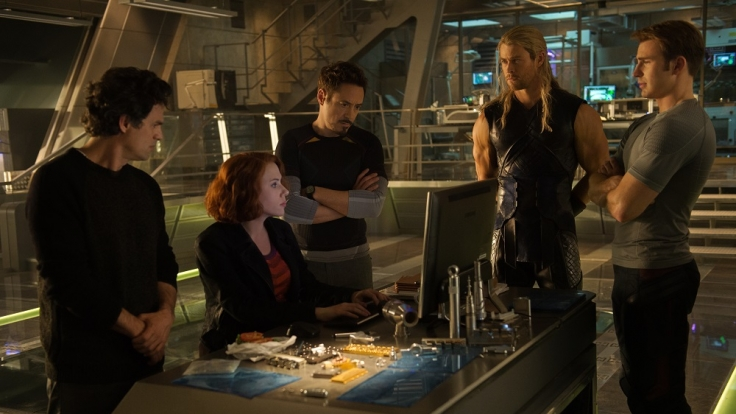 Die Avengers überlegen, wie sie sich dem übermächtigen Ultron gegenüber stellen können. (Foto)