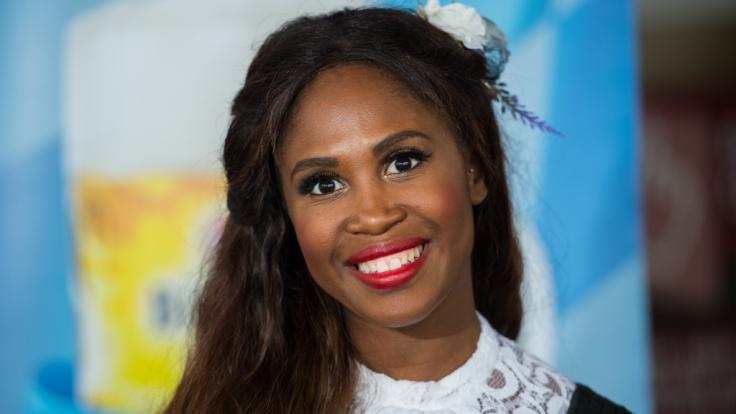 """Ex-Profitänzerin Motsi Mabuse sitzt seit 2011 in der Jury der RTL-Show """"Let's Dance"""". (Foto)"""