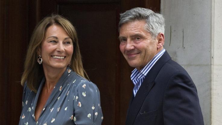 Carole und Michael Middleton am Tag der Geburt ihres ersten Enkelsohnes, Prinz George. (Foto)