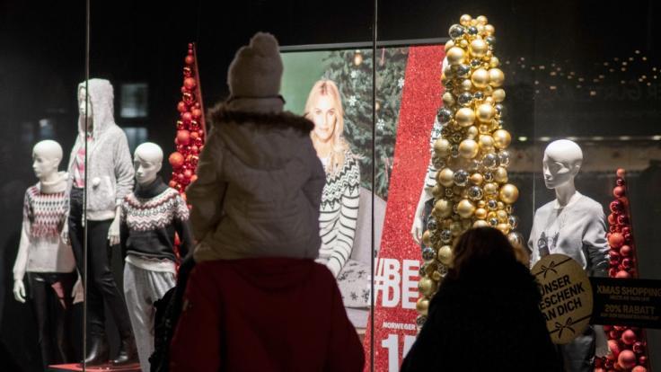 Auch am 3. Advent laden diverse Städte und Gemeinden zum verkaufsoffenen Sonntag ein. (Foto)