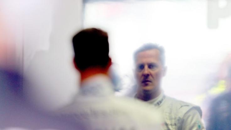 Im Dauerschlaf: Keiner weiß, ob überhaupt und was Michael Schumacher derzeit von seiner Umwelt mitbekommt. (Foto)