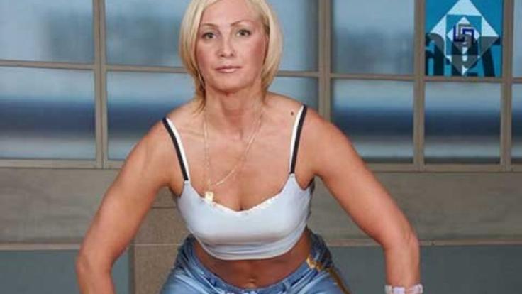 Die stärkste Vagina der Welt: Russin stemmt 14 Kilo mit ihrem Beckenboden.