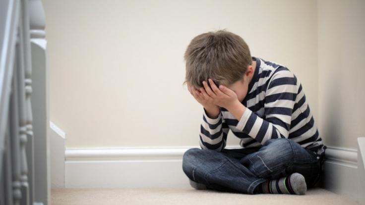Sexueller Missbrauch: Mutter hat Sex mit krankem Sohn (12