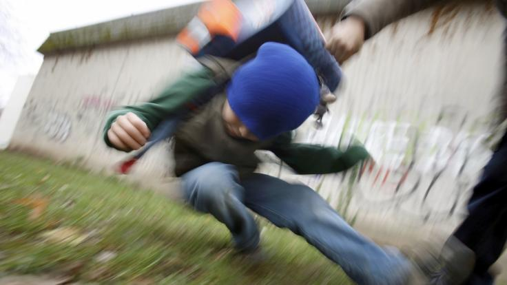 Die Zahl der schweren und gefährlichen Körperverletzung an deutschen Schulen steigt an.