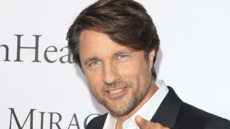 """Schauspieler Martin Henderson ist aktuell in der 3. Staffel von """"Virgin River"""" bei Netflix zu sehen. (Foto)"""