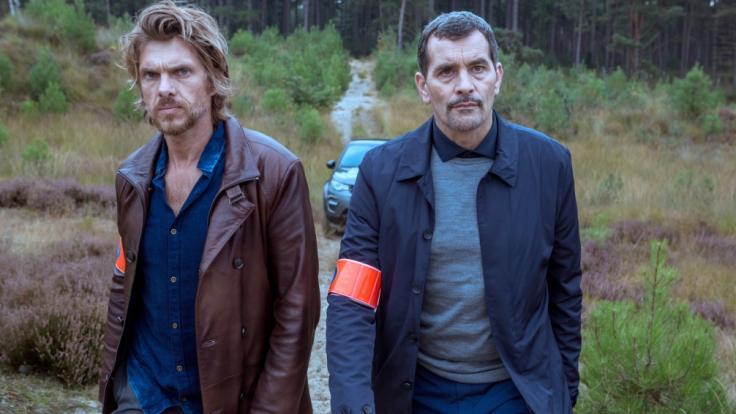 """Werner De Smedt (l.) und Koen De Vouw sind in """"Das letzte Opfer"""" zu sehen. (Foto)"""
