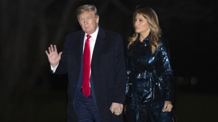 Melania Trump zeigte sich wieder neben Mann Donald. (Foto)