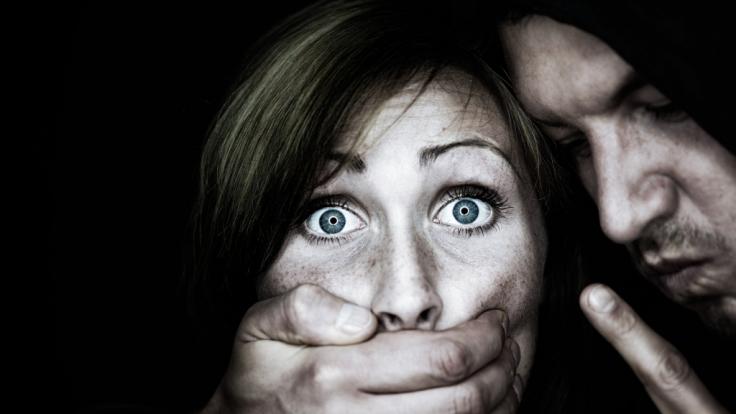 In Großbritannien wurde einem Vergewaltiger Schmerzensgeld gewährt. (Foto)