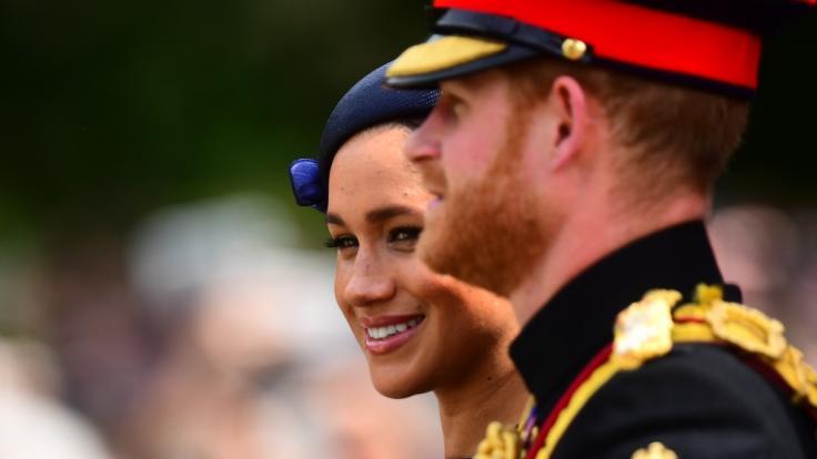 Am Anfang seiner Beziehung zu Meghan Markle soll Prinz Harry eine Affäre gehabt haben. (Foto)