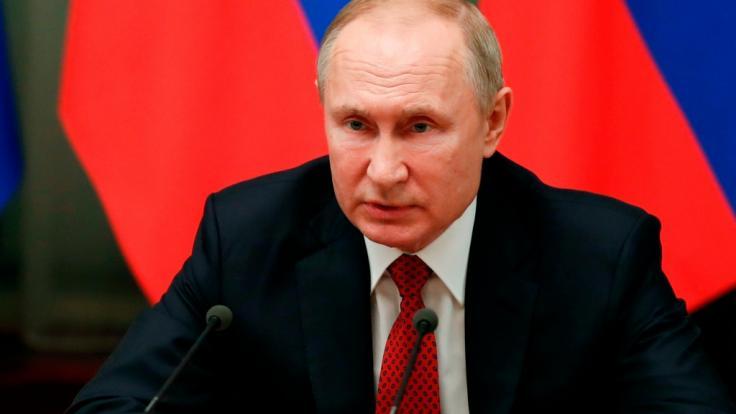 Nach der Verhaftung Nawalnys droht die EU Wladimir Putin mit Sanktionen.