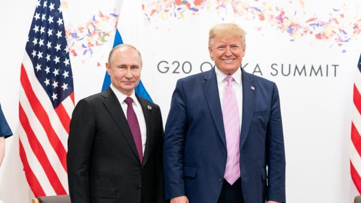 Noch haben Wladimir Putin und Donald Trump gut lachen. (Foto)
