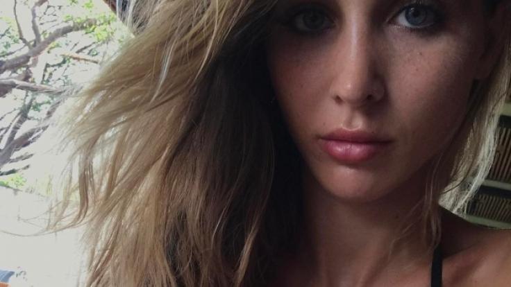 Ann-Kathrin Brömmel beschenkt ihre Fans mit sexy Bikini-Fotos.