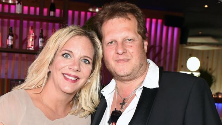 Ein Bild aus glücklichen Tagen: Nach dem Tod von Jens Büchner im November 2018 geht Daniela Büchner als Witwe durchs Leben.