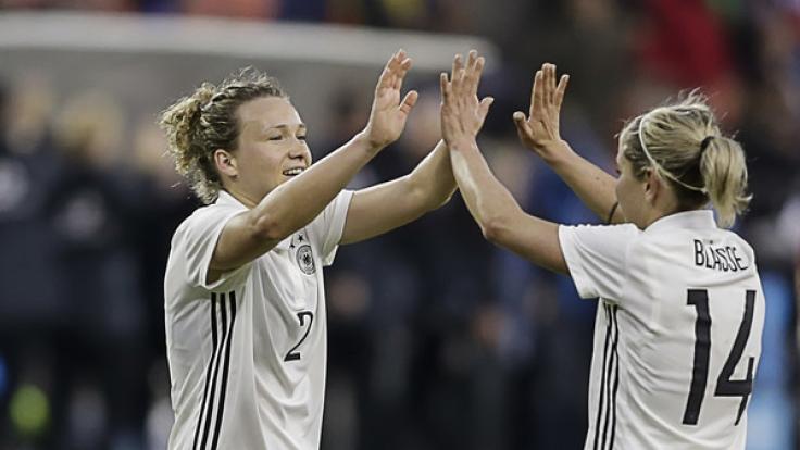 Für die deutschen Fußballfrauen steht am Donnerstag das Testspiel gegen Frankreich an.