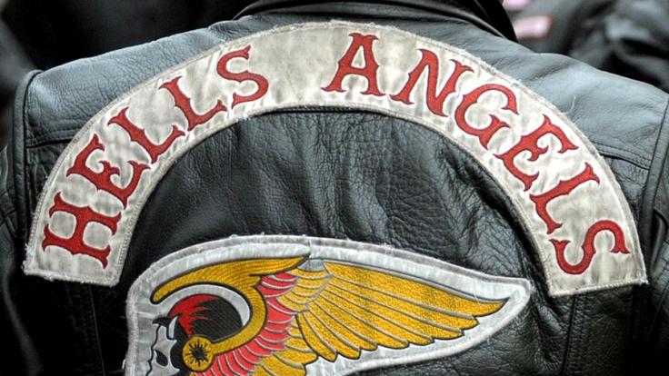 In Köln-Holweide kam es zu einem Angriff auf einen mutmaßlichen Treffpunkt der Hells Angels.