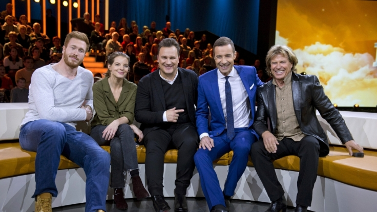 Christoph Harting, Yvonne Catterfeld, Guido Maria Kretschmer, Gastgeber Kai Pflaume und Hansi Hinterseer. (Foto)