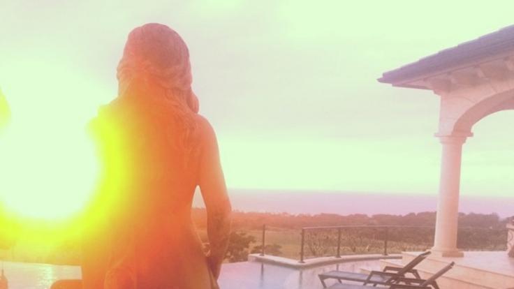 Rihanna: Ein schöner Rücken kann auch entzücken.