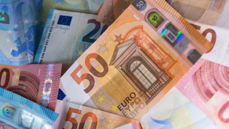 Die Verschwendung von Steuergeldern treibt nicht nur den Bund der Steuerzahler (BdSt) auf die Palme. (Foto)