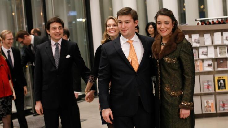 Prinzessin Alexandra von Luxemburg (r.) mit ihrem jüngeren Bruder Prinz Sébastien.