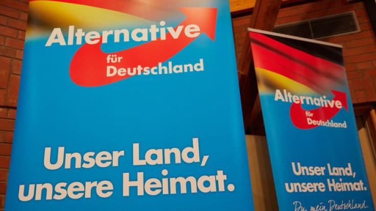 Vor der Bundestagswahl betreiben AfD-Politker Hetze gegen Flüchtlinge.