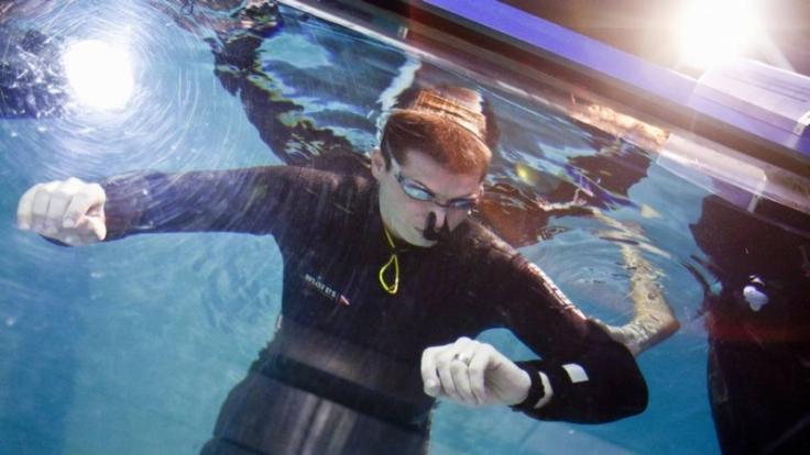 Peter Colat aus der Schweiz will 19 Minuten unter Wasser geblieben sein. (Foto)