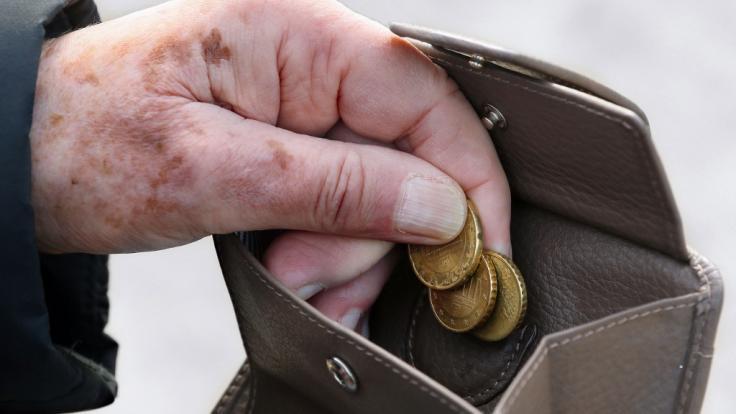 In Memmingen muss sich eine Seniorin erneut vor Gericht verantworten (Symbolbild). (Foto)