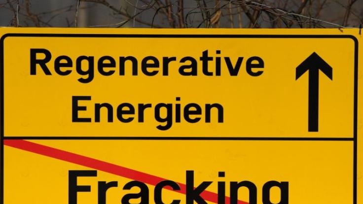 Einerseits wollen alle die Energie-Wende, andererseits möchte niemand für die steigenden Preise zahlen. Nimmt diese Entwicklung eine drastische Wendung? Eine Umfrage zeigt, wie egal den Deutschen umweltverträgliche Energiegewinnung ist. (Foto)