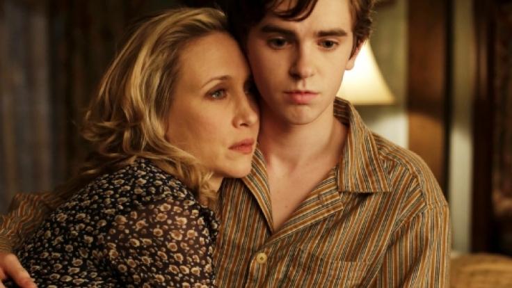 In der Thriller-Serie «Bates Motel» wird der Zuschauer auf die Spuren des Serienkillers Norman Bates aus Hitchcocks-Klassiker«Psycho» geführt.