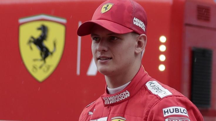 Michael Schumachers Sohn Mick Schumacher steht angeblich kurz vor seinem Debüt in der Formel 1.