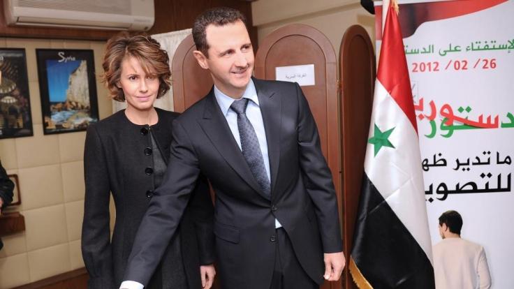 Während sich eine Blutspur durch Syrien zieht, leben das Staatsoberhaupt Assad und seine Frau im Luxus. (Foto)