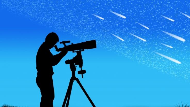 In der Nacht vom 11. zum 12. November sind die Sternschnuppen der Tauriden am Himmel zu sehen.