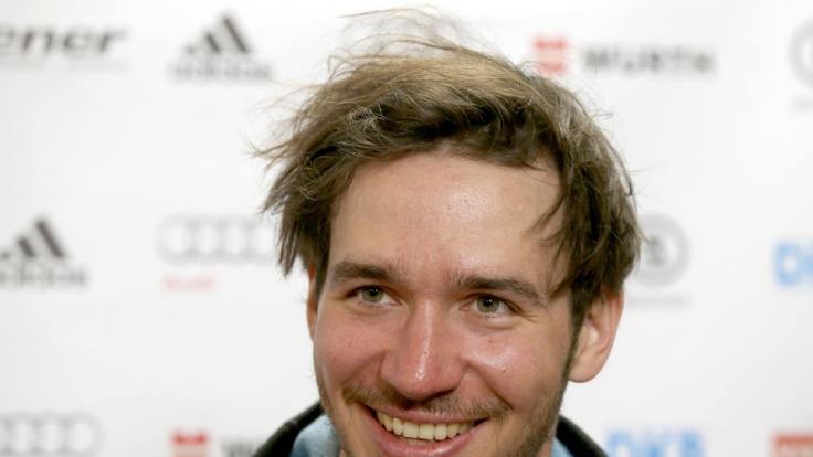 Ungeahnte Talente: Auch Felix Neureuther hegt eine Leidenschaft für Fußball.