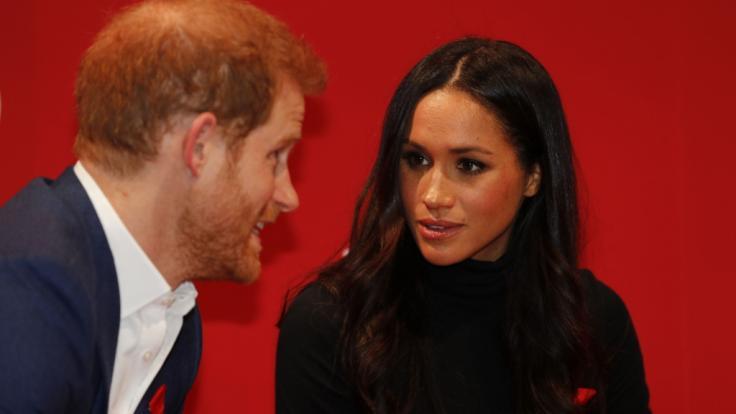 Meghan Markle und Prinz Harry bringen sich mit jeder privaten Äußerung in die Schusslinie von Kritikern. (Foto)