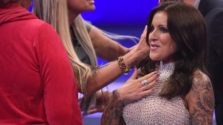 """Julia Jasmin """"JJ"""" Rühle auf der """"Promi Big Brother""""-Bühne. (Foto)"""