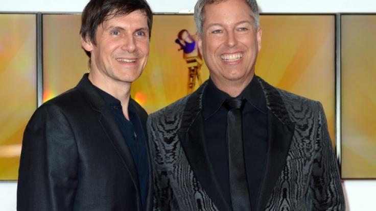 Thomas Hermanns (rechts) und sein Ehemann Wolfgang Macht 2013. (Foto)